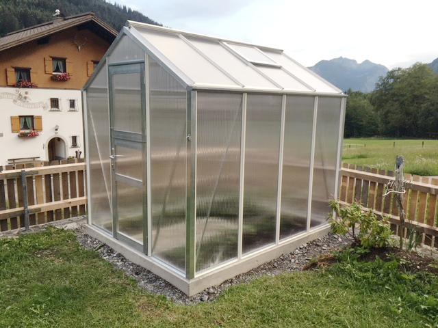 Mini 40 170 Blank 1 - Kundenmeinungen - WAMA Gewächshaus